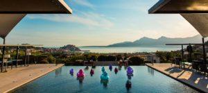 piscine-restaurant la villa calvi